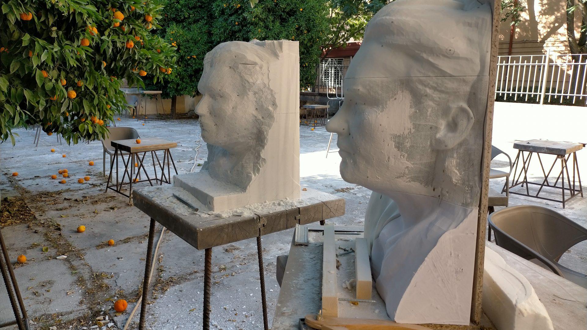 Talla en piedra escultura Lorca. Viznar